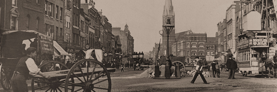 WS-Whitechapel-High-Street-1899-02-Banner